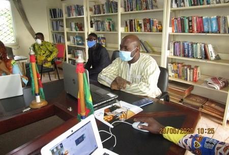 11 projets numériques contre la Covid-19 des étudiants de l'IAI téléprésentés au gouvernement au Cameroun